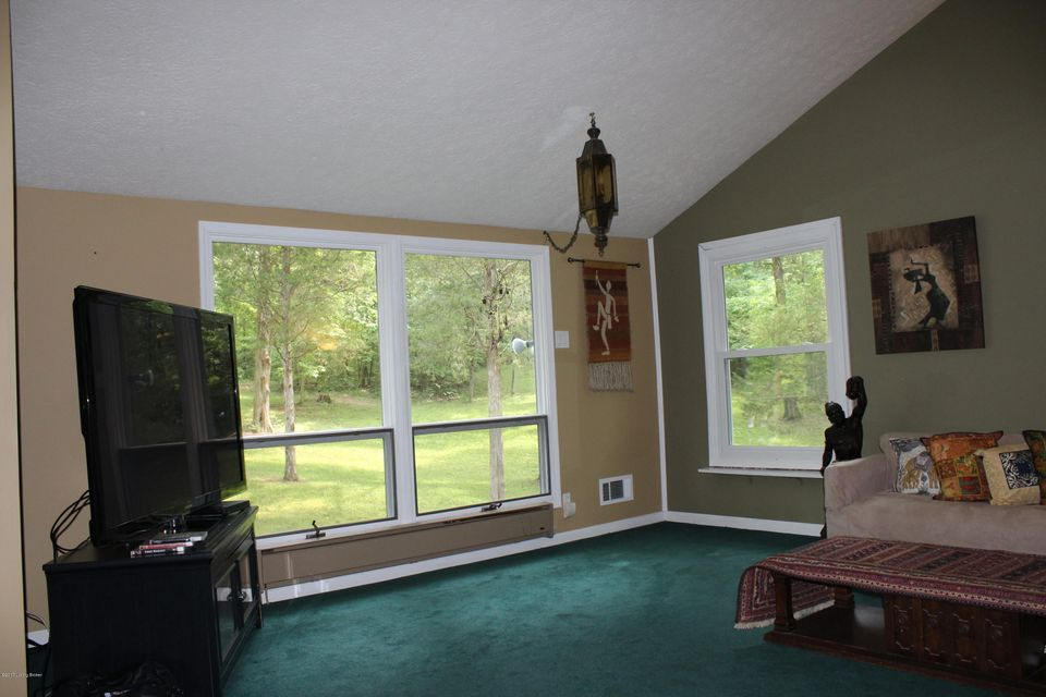 Additional photo for property listing at 3005 Haney Drive 3005 Haney Drive La Grange, Kentucky 40031 United States