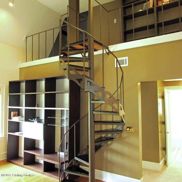 Additional photo for property listing at 2043 Douglass Blvd 2043 Douglass Blvd Louisville, Kentucky 40205 United States