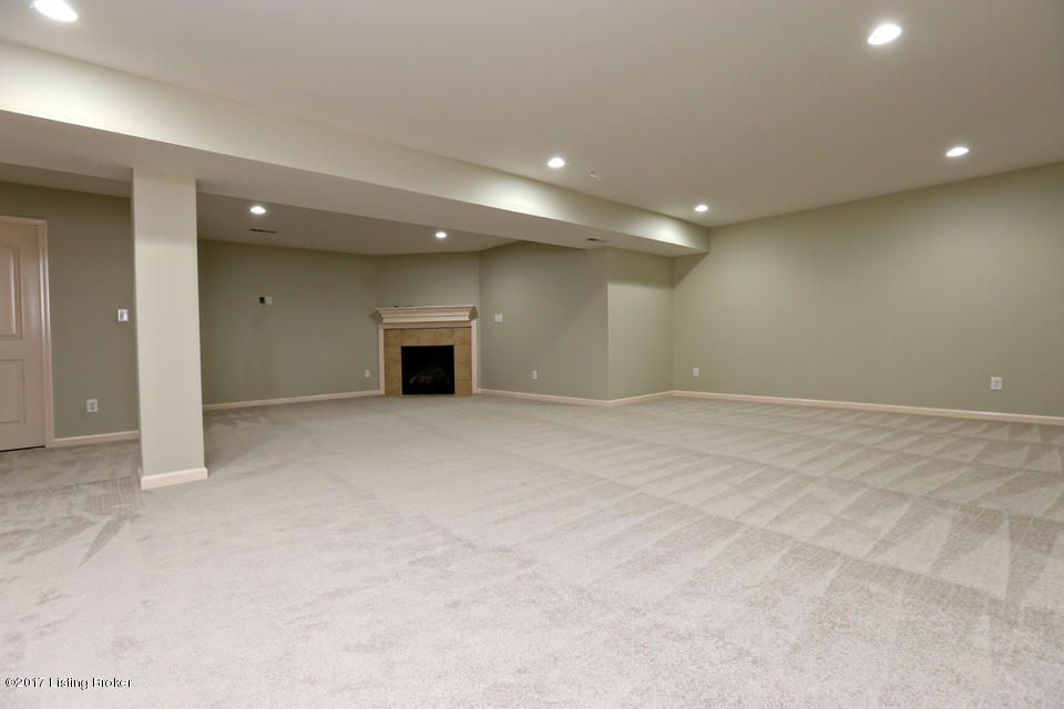 Additional photo for property listing at 2703 Razor View Court  Louisville, Kentucky 40299 United States