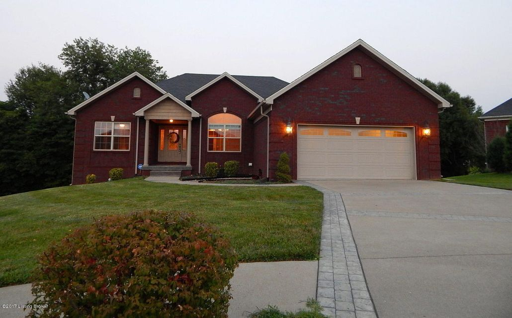 Single Family Home for Sale at 314 Castleton Court Vine Grove, Kentucky 40175 United States