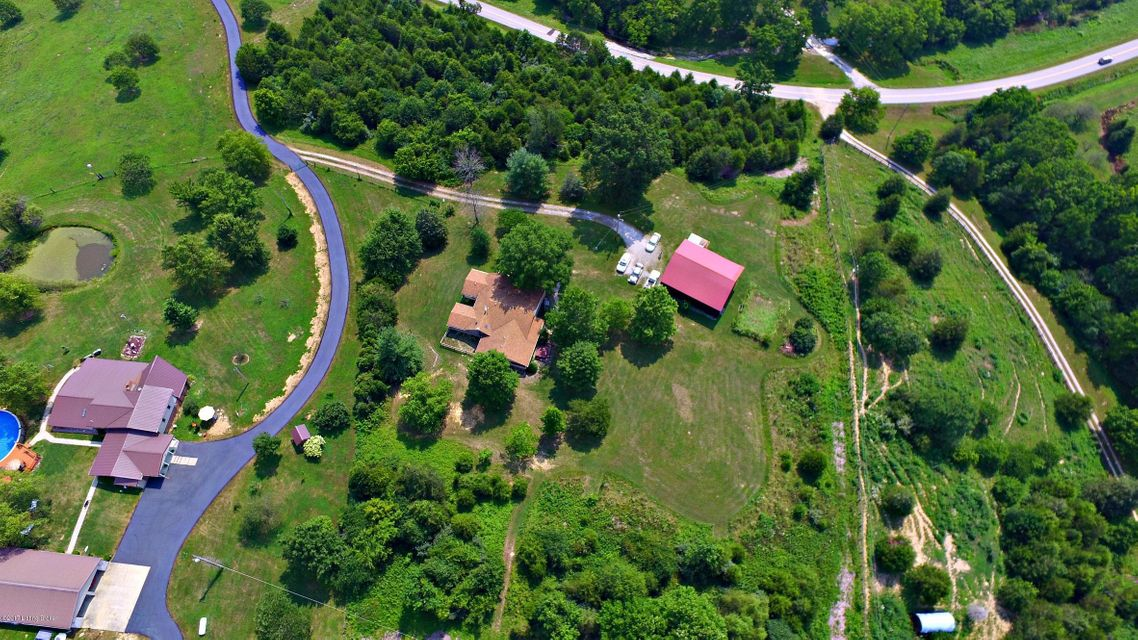 Additional photo for property listing at 3261 Mink Run Road  Frankfort, Kentucky 40601 United States