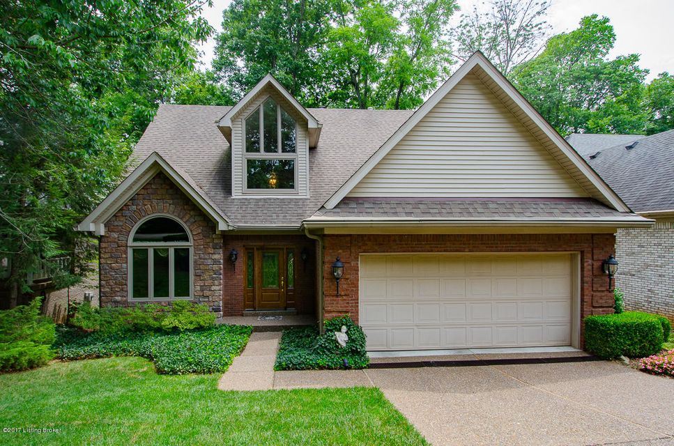 8806 Wooded Trail Ct, Louisville, KY 40220