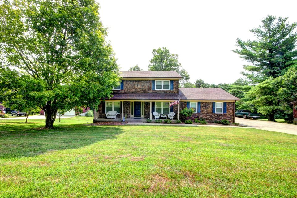 Additional photo for property listing at 328 Old Mill Stream Lane 328 Old Mill Stream Lane Shepherdsville, Kentucky 40165 United States