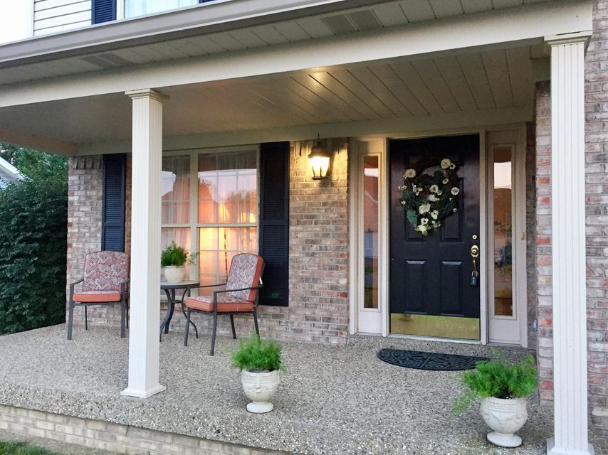 Additional photo for property listing at 5606 Grandel Blvd  Louisville, Kentucky 40258 United States
