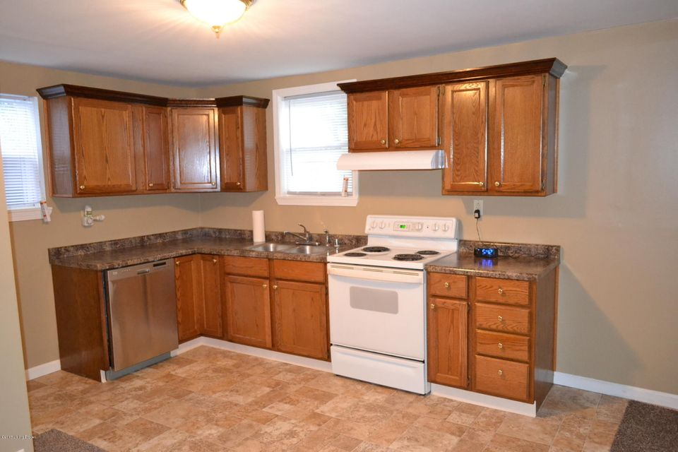 Additional photo for property listing at 933 E Street Catherine Street  Louisville, Kentucky 40204 United States