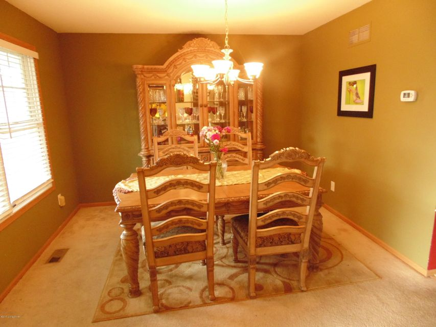 Additional photo for property listing at 6714 Calm River Way  Louisville, Kentucky 40299 United States
