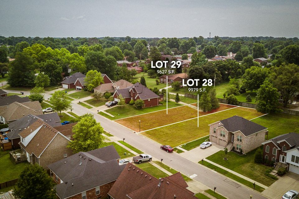 Additional photo for property listing at 6022 Clearwater 6022 Clearwater Louisville, Kentucky 40219 United States