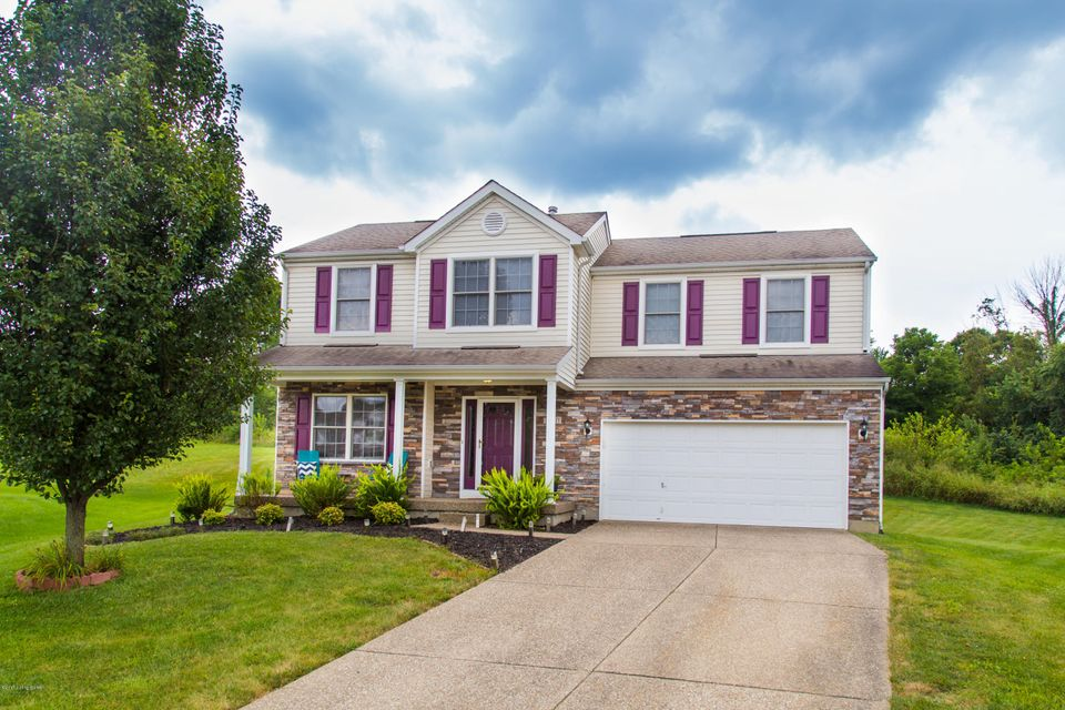 Single Family Home for Sale at 10205 Wood Violet Court Louisville, Kentucky 40228 United States