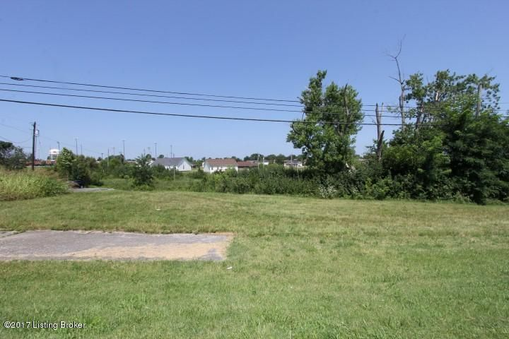Additional photo for property listing at 716 W Broadway  Lawrenceburg, Kentucky 40342 United States