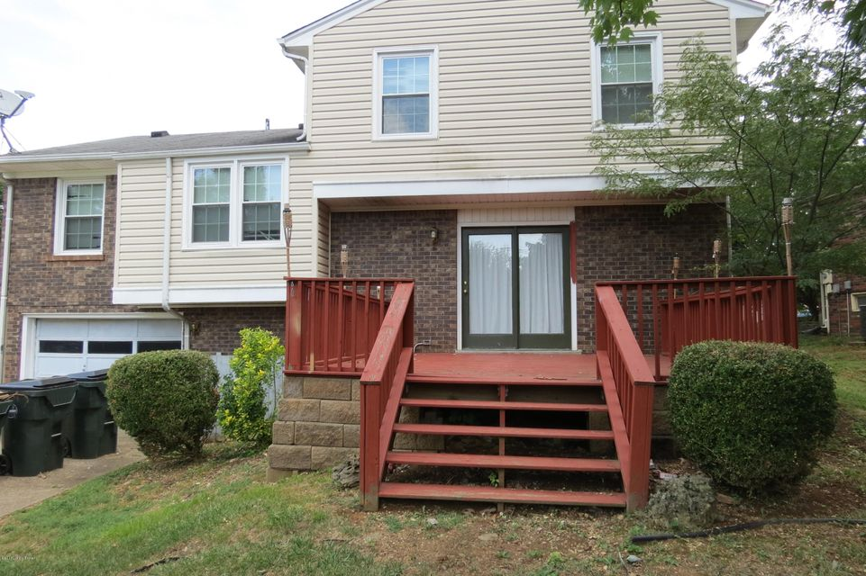 Additional photo for property listing at 8911 Thelma Lane  Louisville, Kentucky 40220 United States