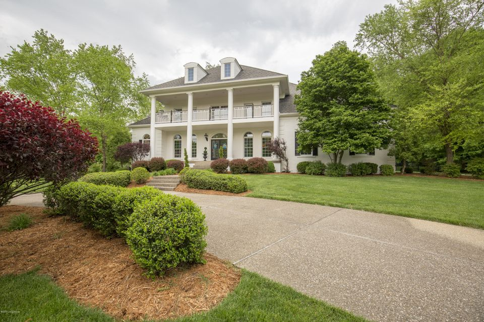 Additional photo for property listing at 2201 Cave Spring Place 2201 Cave Spring Place Anchorage, Kentucky 40223 United States