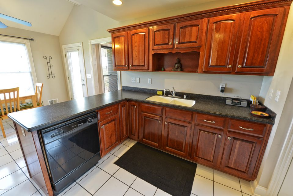 Additional photo for property listing at 149 Hochstrasser Road  Fisherville, Kentucky 40023 United States