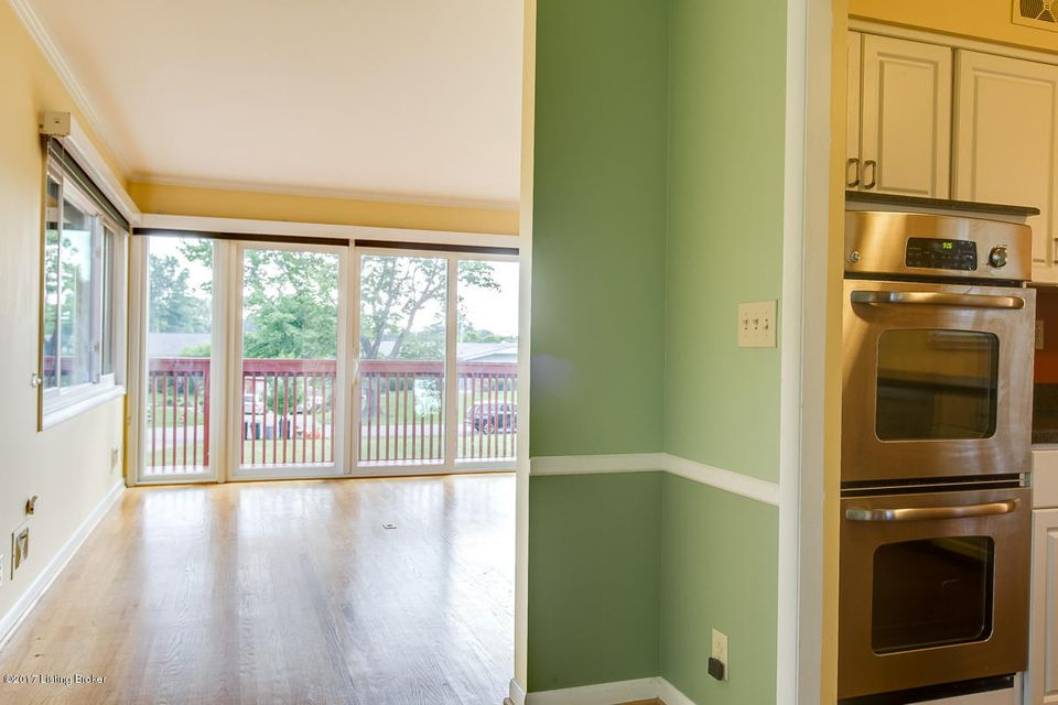 Additional photo for property listing at 2708 Lamont Road  Louisville, Kentucky 40205 United States