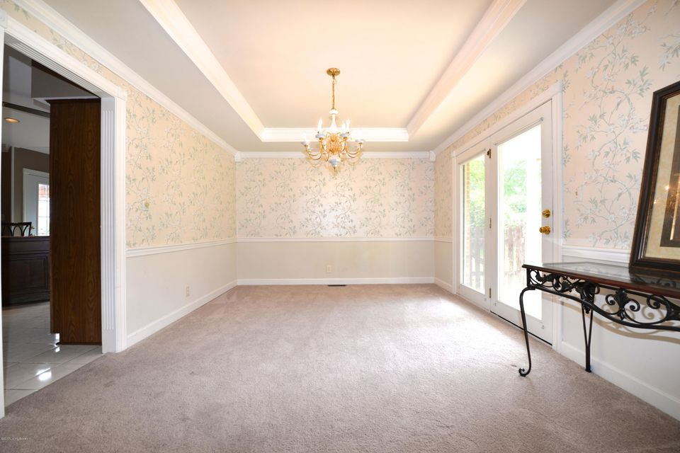 Additional photo for property listing at 14104 Glendower Drive  Louisville, Kentucky 40245 United States