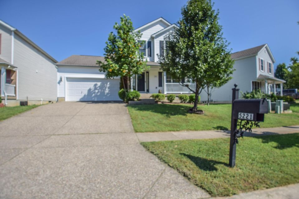 Additional photo for property listing at 5221 Oldshire Road  Louisville, Kentucky 40229 United States