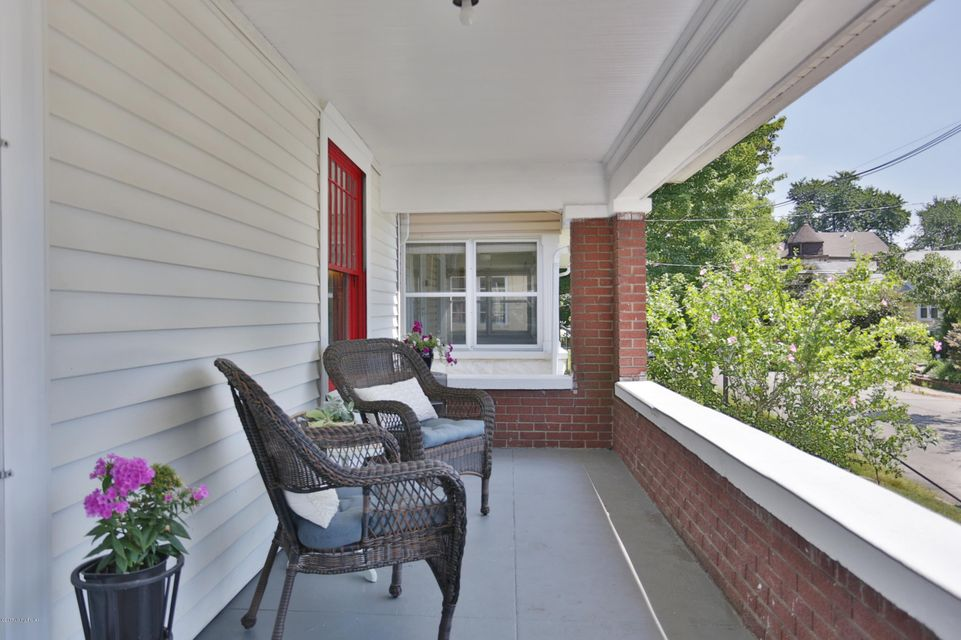 Additional photo for property listing at 1641 Stevens Avenue 1641 Stevens Avenue Louisville, Kentucky 40205 United States