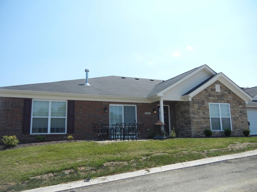 Additional photo for property listing at 636 Crum Court  Simpsonville, Kentucky 40067 United States