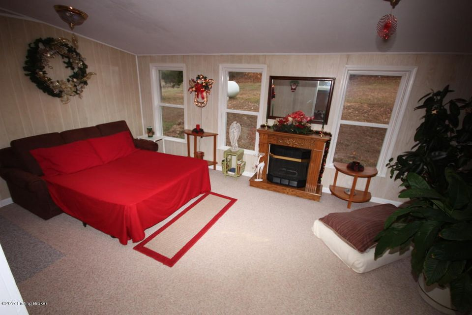 Additional photo for property listing at 748 Mercer Bend Road 748 Mercer Bend Road Leitchfield, Kentucky 42754 United States