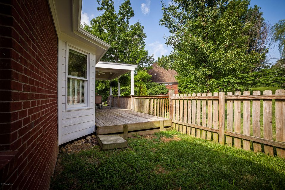 Additional photo for property listing at 500 Anita Springs Court  La Grange, Kentucky 40031 United States