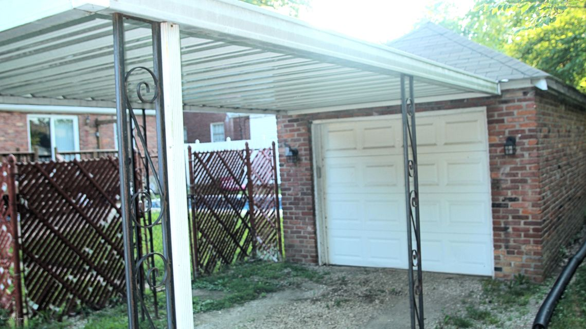 Additional photo for property listing at 201 Seneca Trail 201 Seneca Trail Louisville, Kentucky 40214 United States