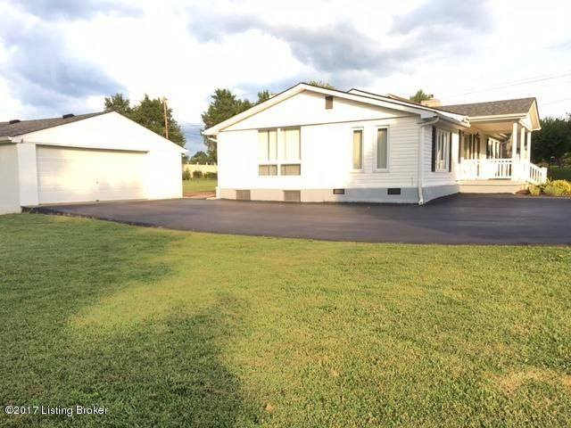 Additional photo for property listing at 276 Lees Lane  Shepherdsville, Kentucky 40165 United States