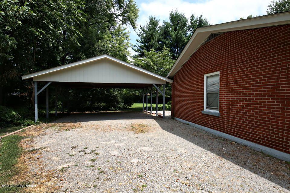 Additional photo for property listing at 2023 Cedarcrest Drive  Louisville, Kentucky 40242 United States