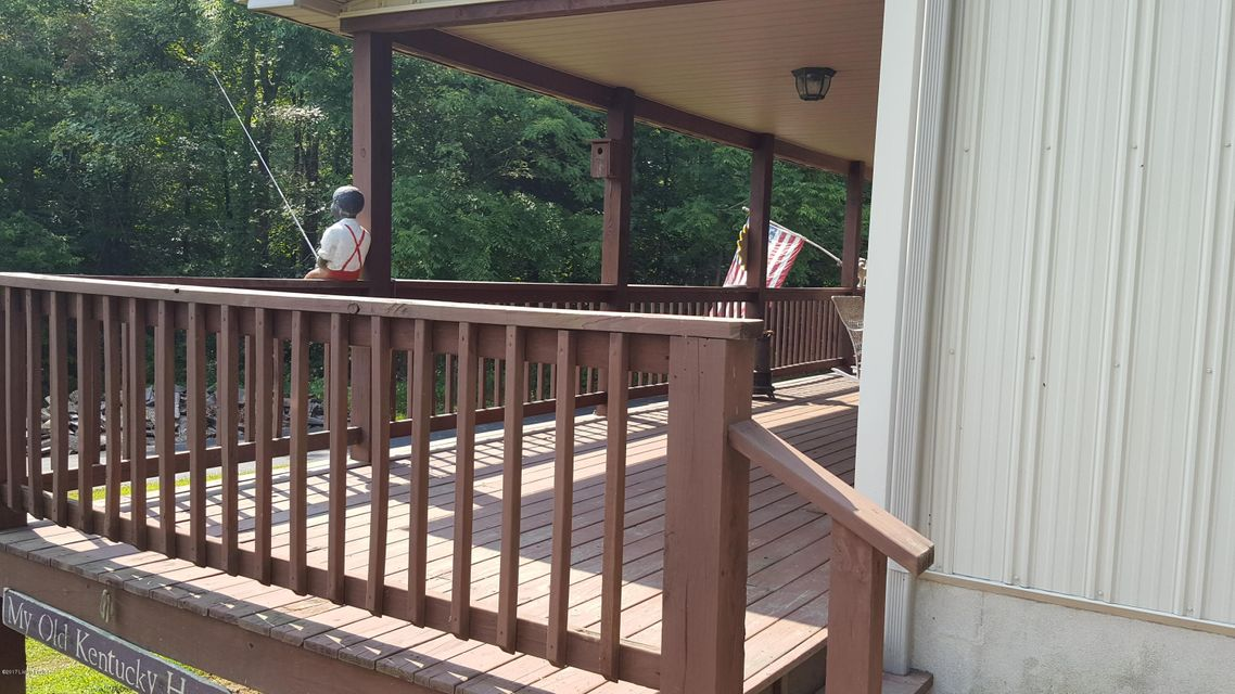 Additional photo for property listing at 700 Green Farm Road  Falls Of Rough, Kentucky 40119 United States