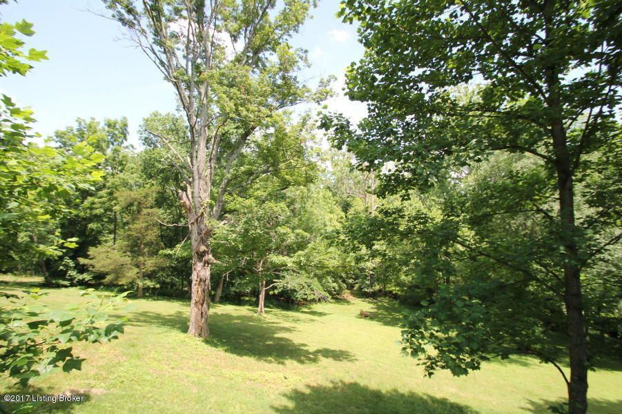 Additional photo for property listing at 8517 Wolf Pen Branch  Louisville, Kentucky 40059 United States
