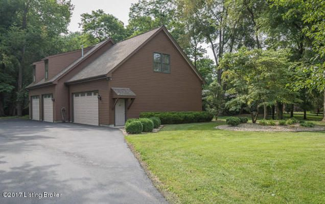 Single Family Home for Sale at 2509 Belknap Beach Road Prospect, Kentucky 40059 United States