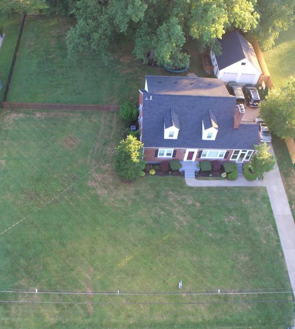 Additional photo for property listing at 6510 Duroc Avenue  Prospect, Kentucky 40059 United States