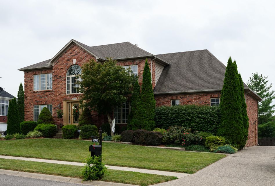 Additional photo for property listing at 10710 Briar Turn Drive  Louisville, Kentucky 40291 United States