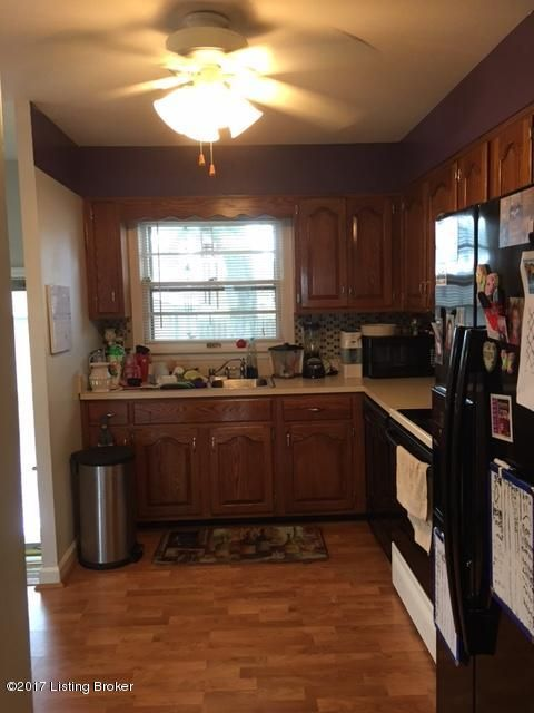 Additional photo for property listing at 3403 Blanton Lane 3403 Blanton Lane Louisville, Kentucky 40214 United States