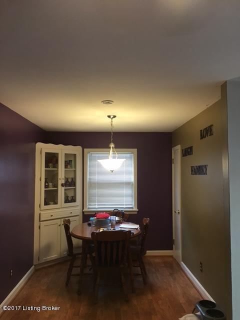 Additional photo for property listing at 3403 Blanton Lane 3403 Blanton Lane Louisville, Kentucky 40214 United States