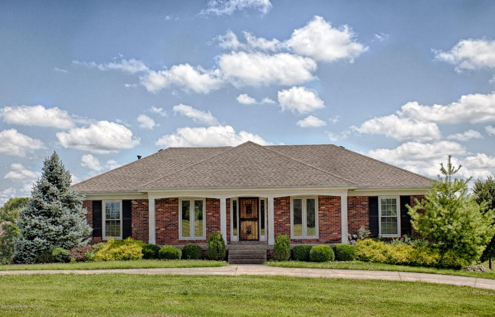 Single Family Home for Sale at 4700 Chelsea Court Crestwood, Kentucky 40014 United States