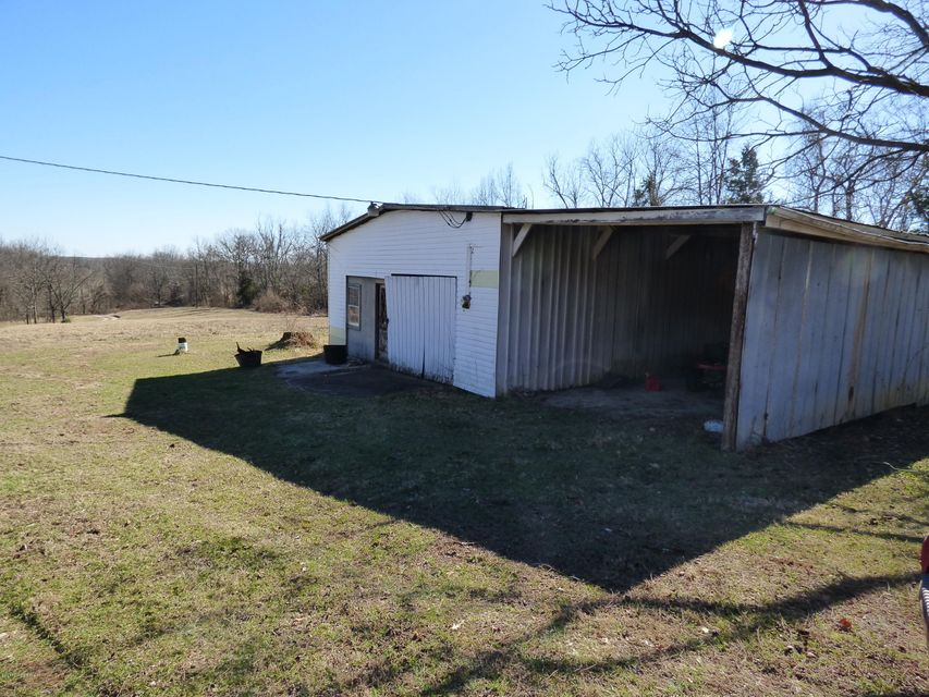 Additional photo for property listing at 659 29 Bob Jeff  Shelbyville, Kentucky 40065 United States