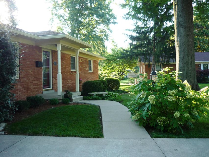 Additional photo for property listing at 4405 Alicent Court  Louisville, Kentucky 40207 United States