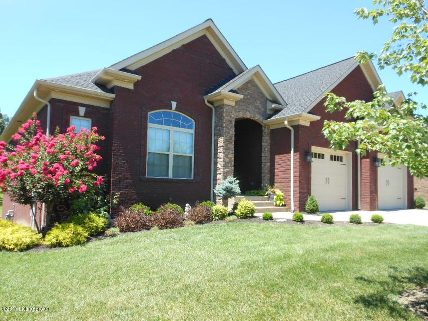 Single Family Home for Sale at 7916 Chism Trail Way Louisville, Kentucky 40291 United States