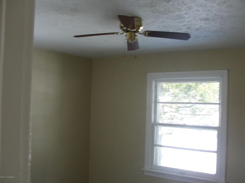 Additional photo for property listing at 2118 West Lane  Louisville, Kentucky 40216 United States
