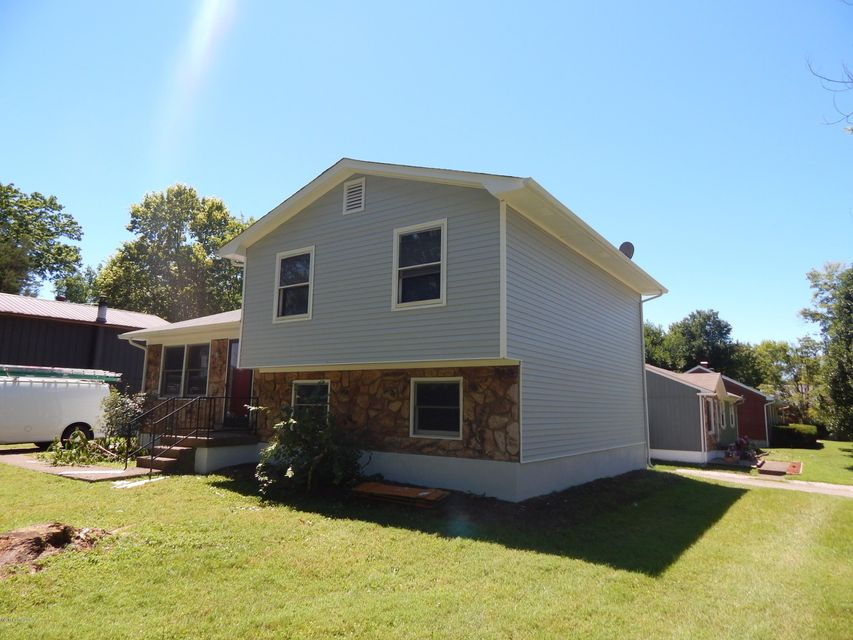 Additional photo for property listing at 3804 Breckenridge Lane  Louisville, Kentucky 40218 United States