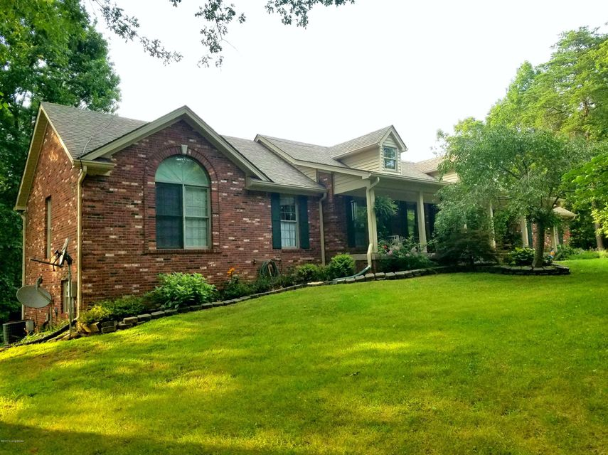 Single Family Home for Sale at 474 Woodland Hills Trail 474 Woodland Hills Trail Taylorsville, Kentucky 40071 United States
