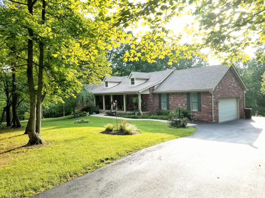 Additional photo for property listing at 474 Woodland Hills Trail  Taylorsville, Kentucky 40071 United States