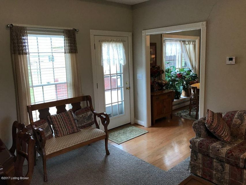 Additional photo for property listing at 5810 Springfield Road 5810 Springfield Road Bardstown, Kentucky 40004 United States