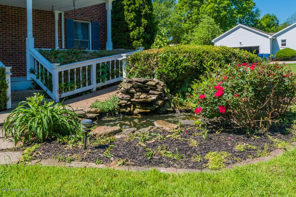 Additional photo for property listing at 3702 Echo Valley Circle  La Grange, Kentucky 40031 United States