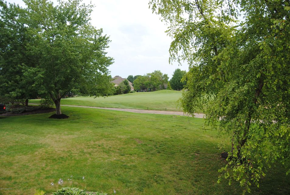 Additional photo for property listing at 14707 Forest Oaks Drive  Louisville, Kentucky 40245 United States