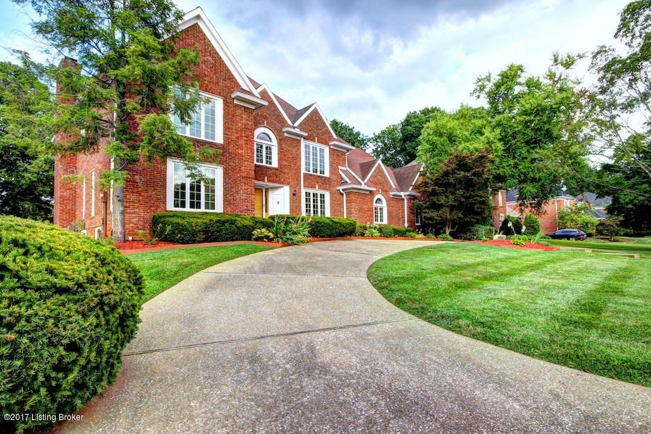 Additional photo for property listing at 911 Oxmoor Woods Pkwy 911 Oxmoor Woods Pkwy Louisville, Kentucky 40222 United States