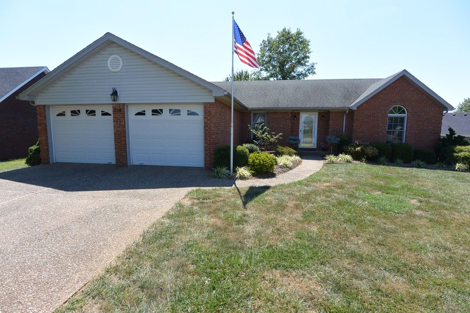 Single Family Home for Sale at 114 Fairway Hill Bardstown, Kentucky 40004 United States