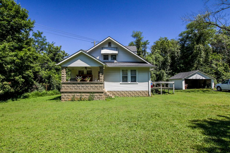 Single Family Home for Sale at 810 Gilliland Road 810 Gilliland Road Louisville, Kentucky 40245 United States