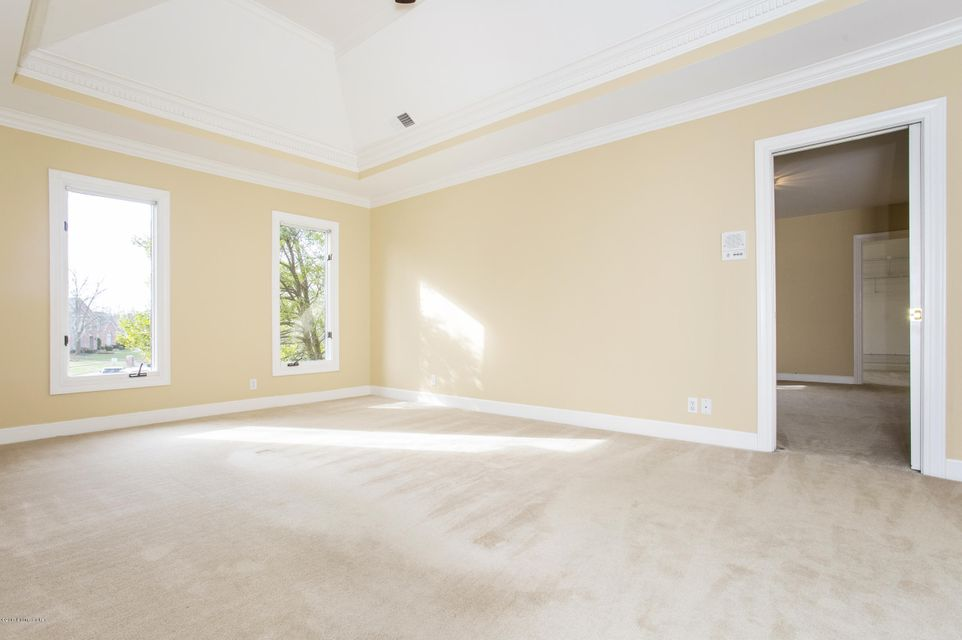 Additional photo for property listing at 14509 Maple Glenn Place  Louisville, Kentucky 40245 United States