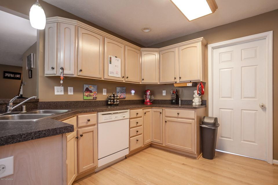 Additional photo for property listing at 6720 N North Drive  Louisville, Kentucky 40272 United States