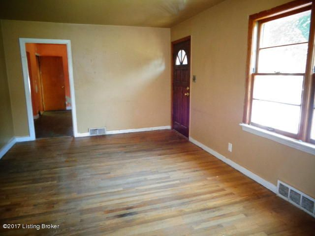 Additional photo for property listing at 2708 Ralph Avenue  Louisville, Kentucky 40216 United States